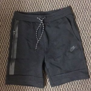 Black Nike Tech Fleece Shorts men's medium